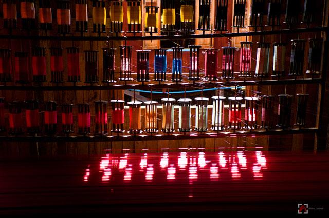 Burmese weavers thread copyright Aloha Lavina