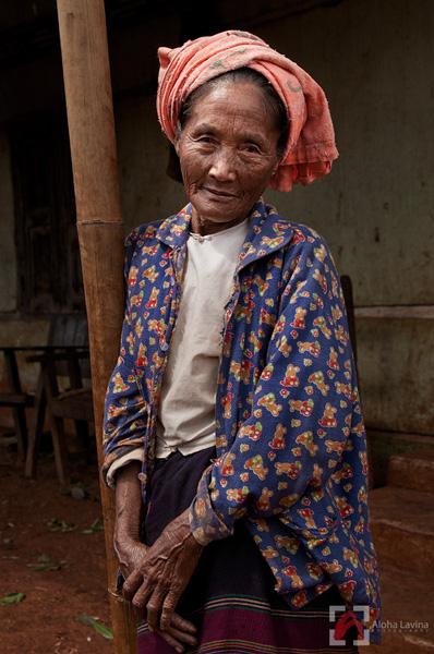 Burmese woman from Shan State, copyright Aloha Lavina.