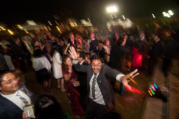 dance photo panning by Songvut Kositarut