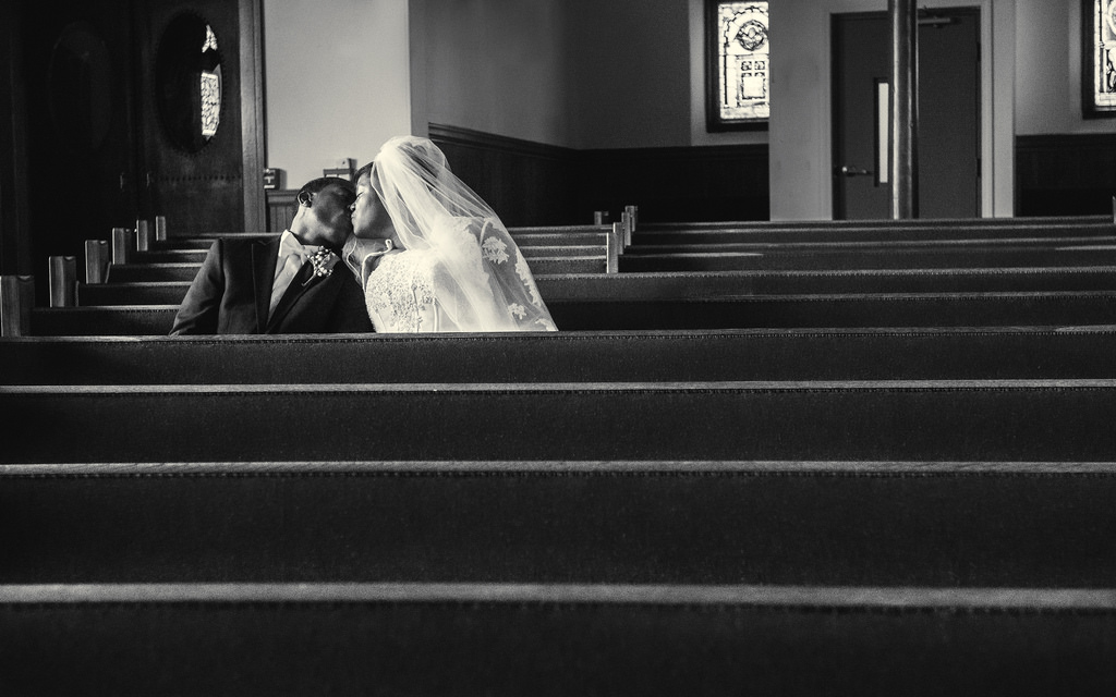 How To Photograph Weddings: 9 Tips to Create Perfect Memories