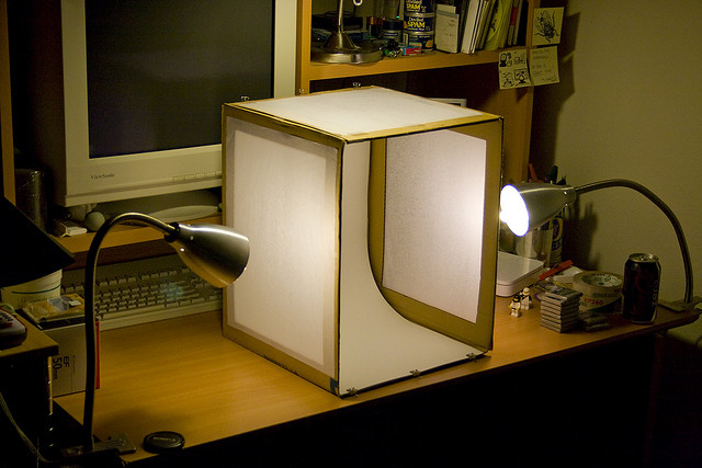 Do It Yourself: Make Your Own Light Tent On The Cheap