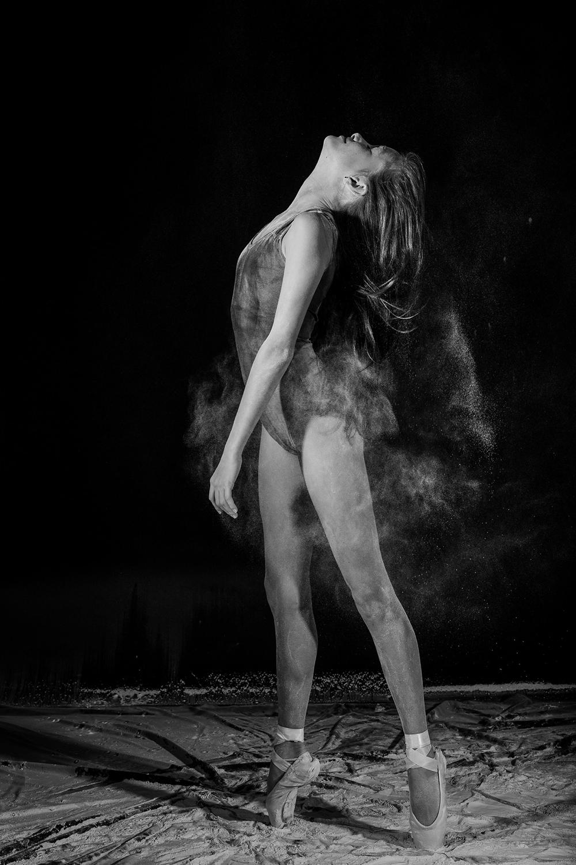 andrei-mihai-cristian-ballerina-on-dance-flour_0011