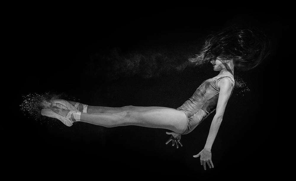 andrei-mihai-cristian-ballerina-on-dance-flour_0012