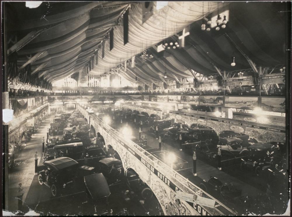 Automobile show, Coliseum, Chicago, Dec. 3, 1907