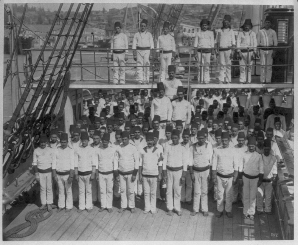 [The crew of the Imperial Ironclad Frigate Hamidiye] / Constantinople, Abdullah Frères