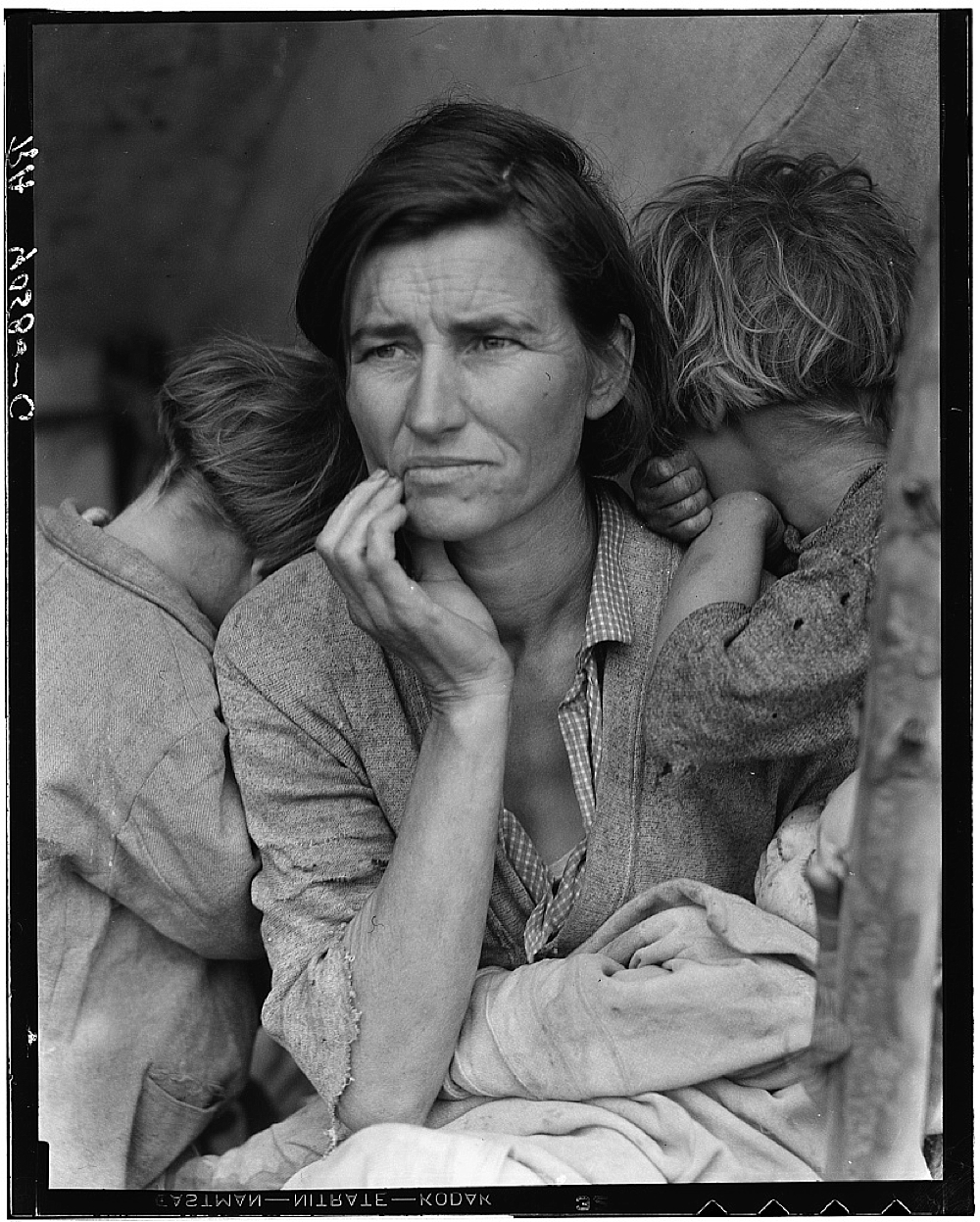Destitute pea pickers in California. Mother of seven children. Age thirty-two. Nipomo, California