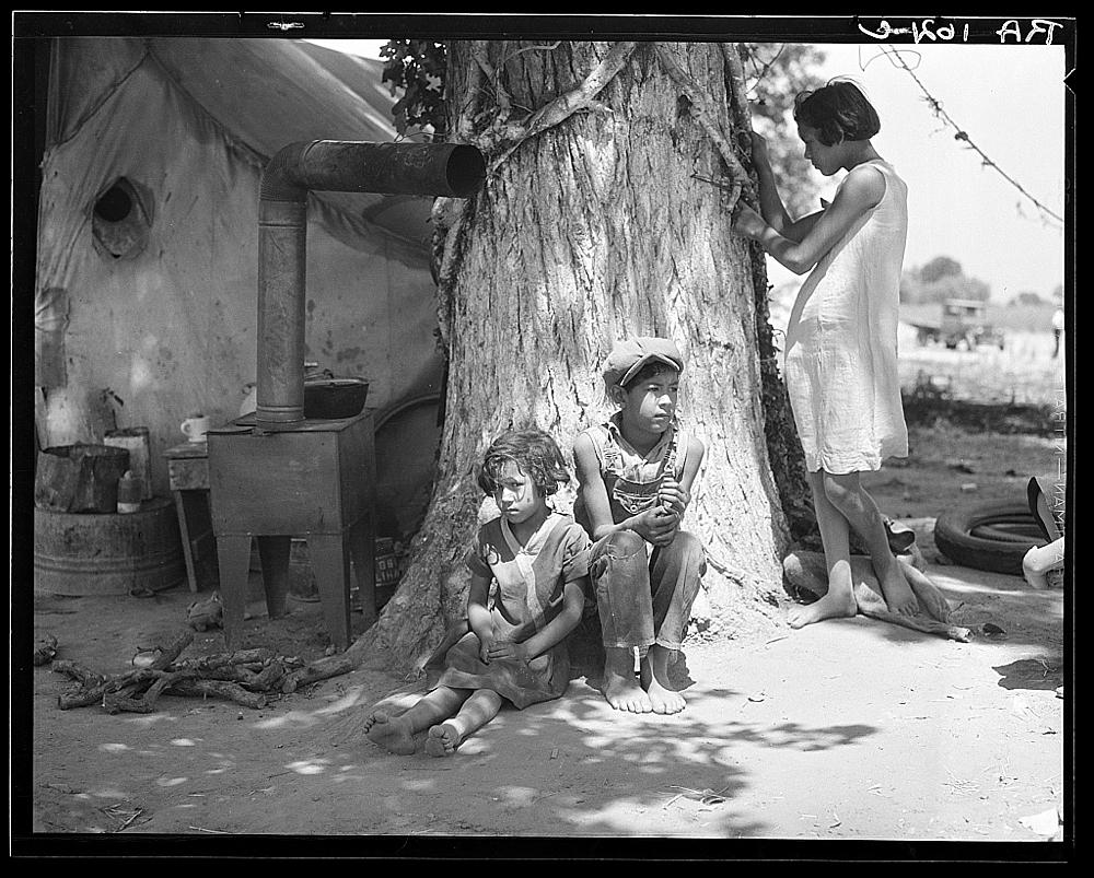 Motherless migrant children