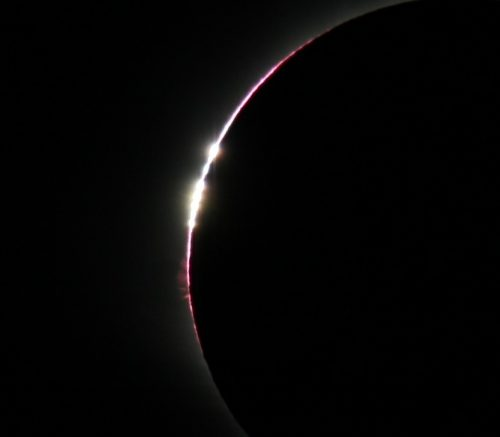 """Baily's Beads closeup for """"How to photograph a solar eclipse"""" article."""