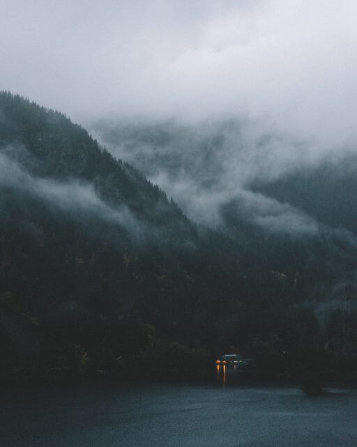 Get An Early Start to get beautiful photos of fog and mist