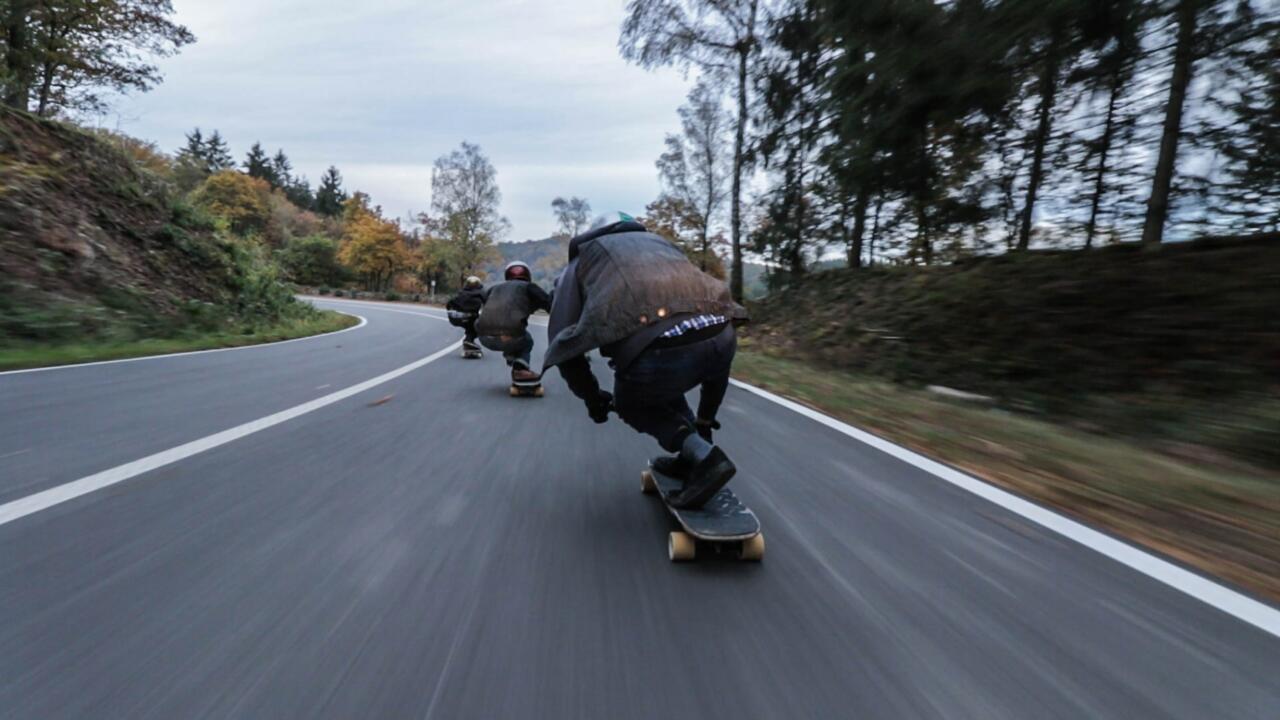 alternate skate th ycjpcce unsplash