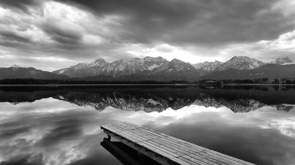 River with mountains in black and white