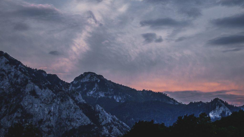 grey mountain photo
