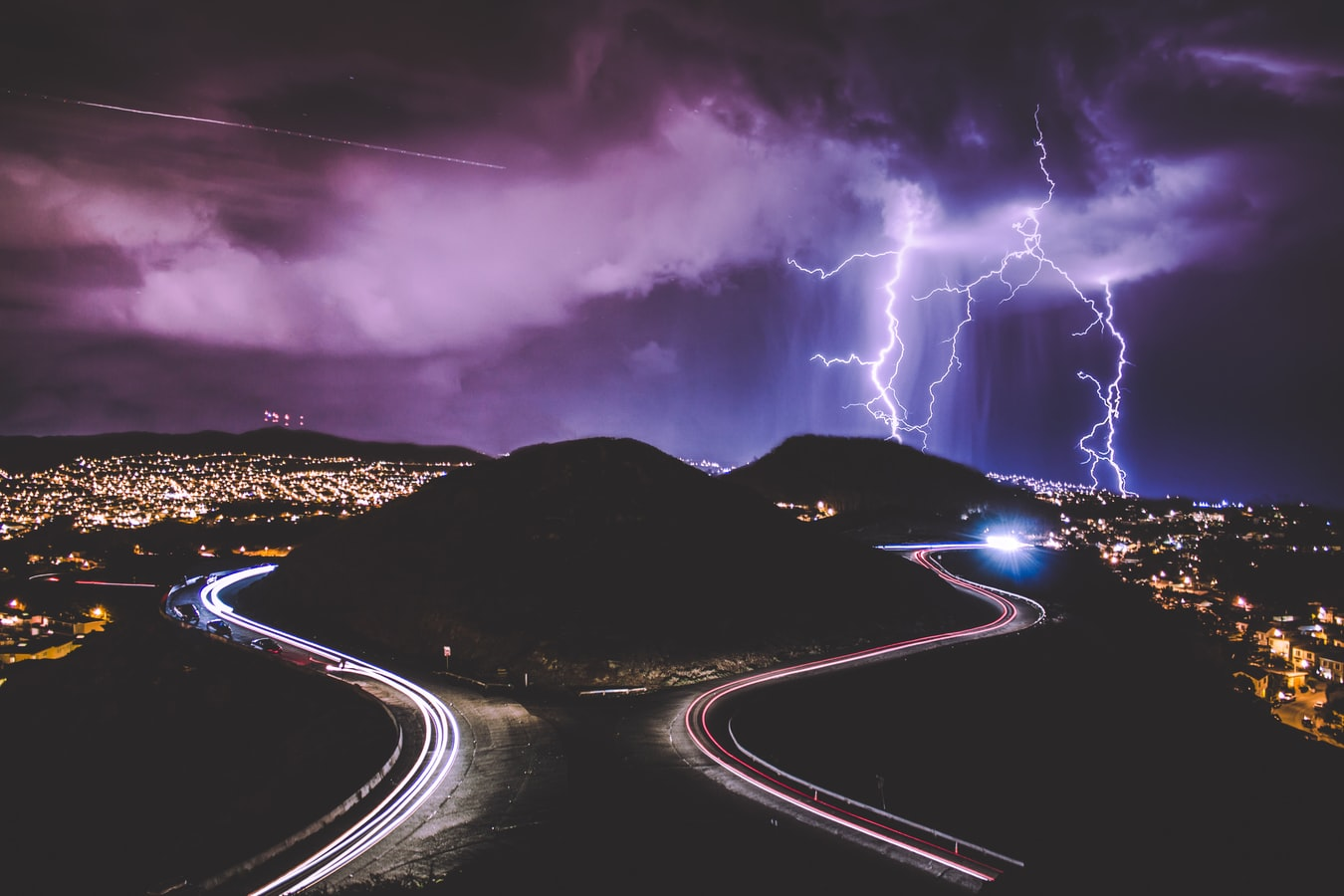 How To Photograph Lightning (With Awesome Examples)